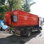 kontejner na uhlí a brikety s dopravníkem pro skládání uhlí do sklepů